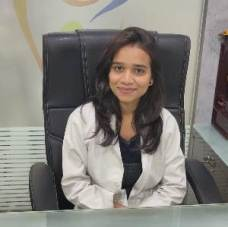 Dentist in Pathal Dental clinic